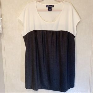 🎃Susan Graver shirt. Size 1X.